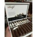 Davidoff Exclusive DFS Toro 2017 - 1 ks
